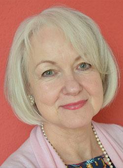 Dr. Maria Panzer