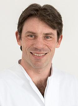 Dr. Martin Groß